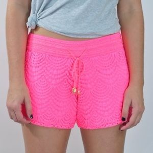 NWT adorable Lilly Pulitzer Claudette shorts